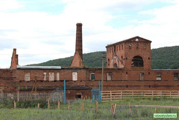Завод в селе Воскресенское
